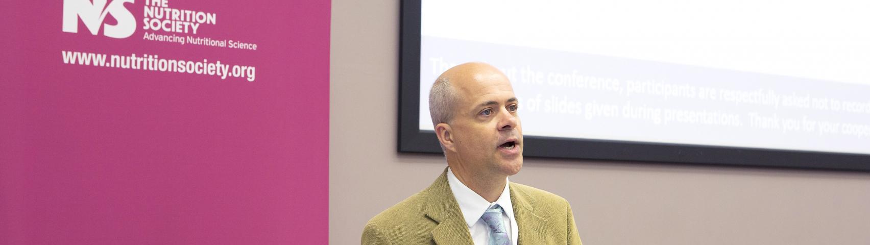 Dr Ruan Elliott presenting at the Summer Conference 2018