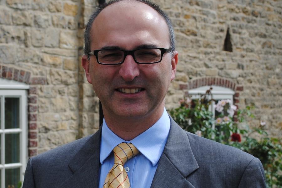 Dr Mario Siervo