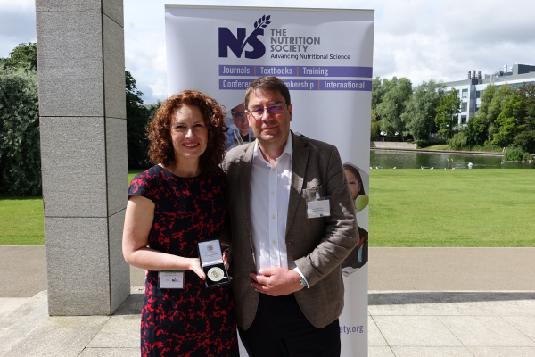 Dr Wendy Hall receives the Silver Medal from Society President, Professor Philip Calder.